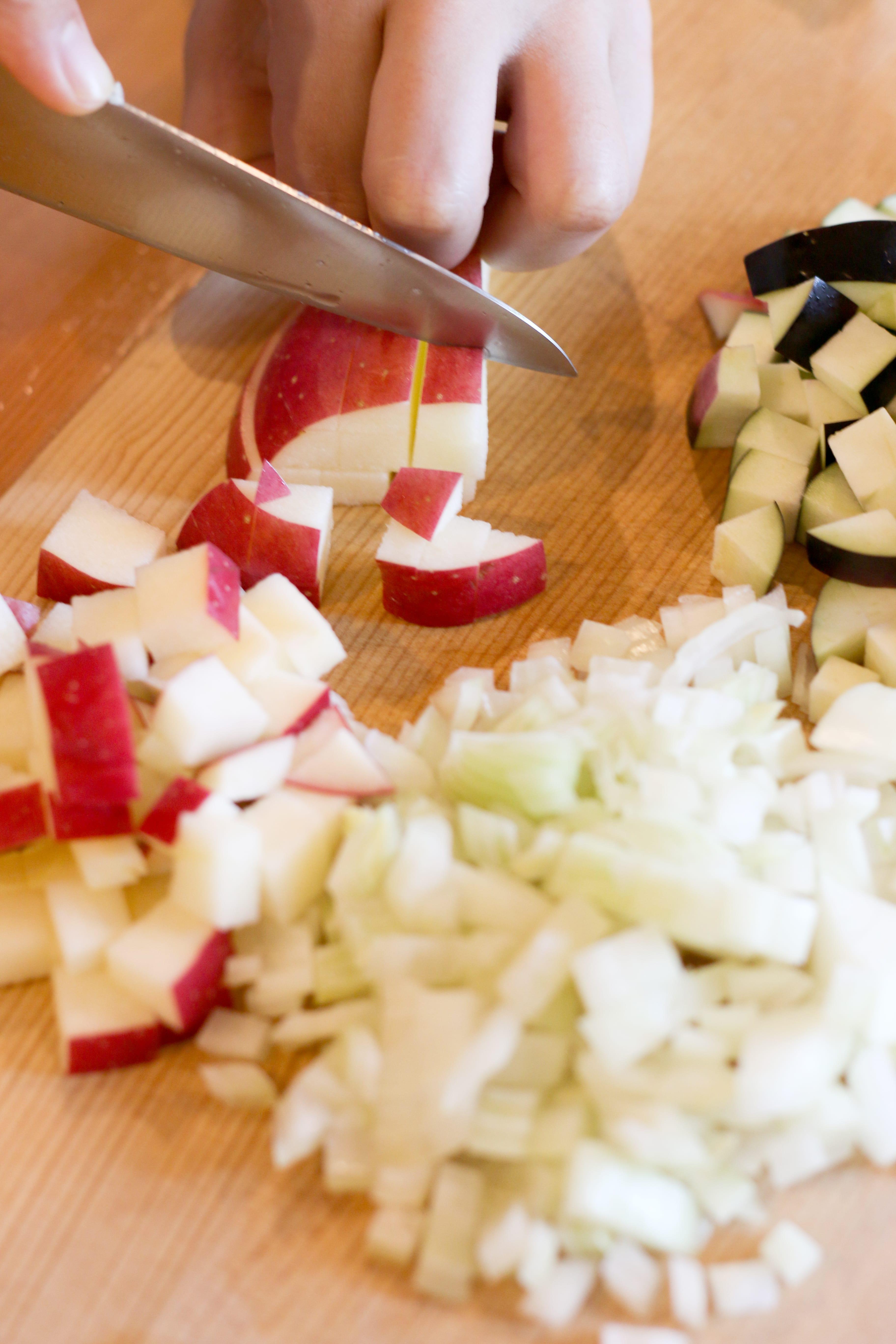 りんごのレシピ りんごまるごとキーマカレー