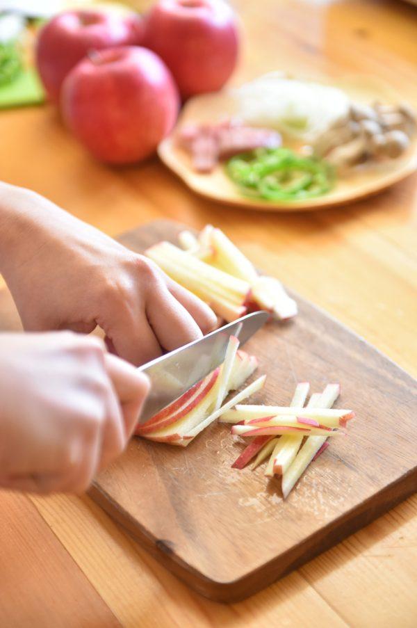 りんごの料理 りんごナポリタン