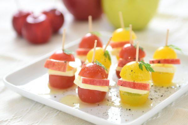 りんごのレシピ りんごのカプレーゼ風ピンチョス