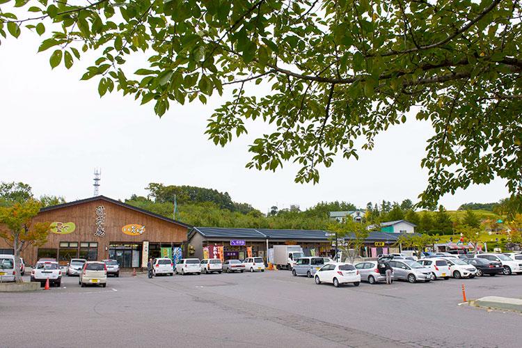 青森市浪岡・道の駅なみおか「アップルヒル」