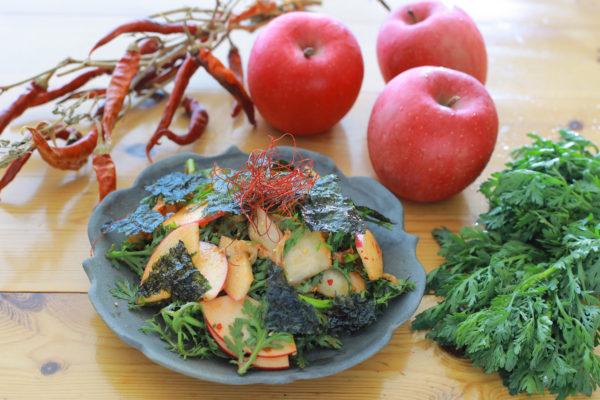 りんごの韓国風キムチサラダ